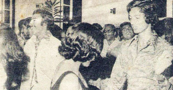 The Pakistan team 'boogying' at a party in 1977.