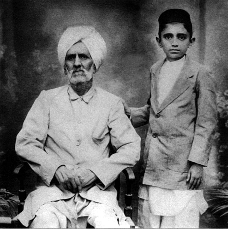 Manto with father