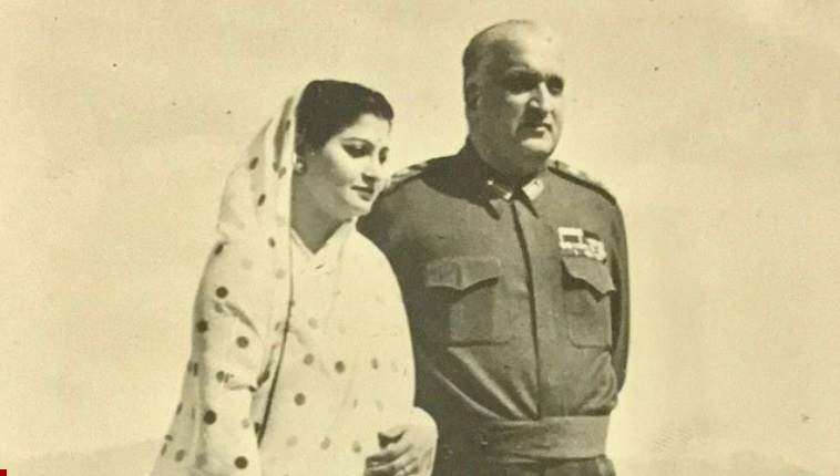 After the August 1947 Partition, Kashmir's last Maharaja, Hari Singh, remained undecided about whether to join Pakistan, India or remain independent. Kashmir had a Muslim majority but was being ruled by a Hindu Maharaja.