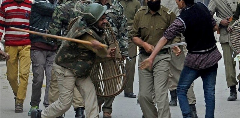 Indian-Kashmir-Protests-Flare-3-Killed-as-Army-Opens-Fire-800x394.jpg