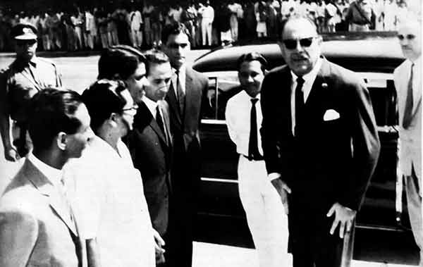 President Ayub Khan in a suit. Most Pakistani males in urban areas wore suits or shirts with trousers till the late 1960s.
