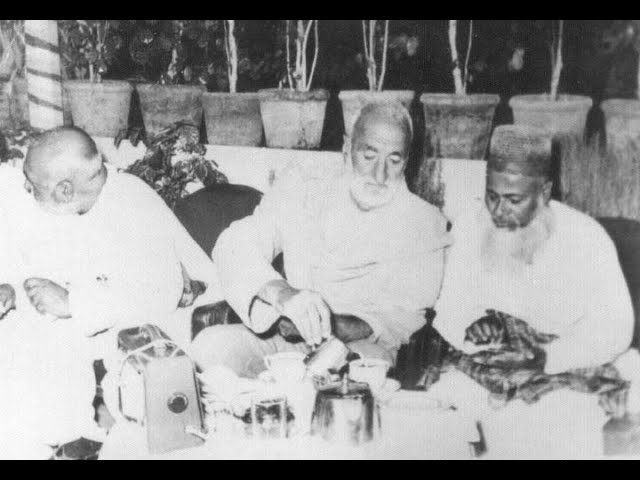 Bacha Khan (centre) the founder of Pashtun nationalism in South Asia.